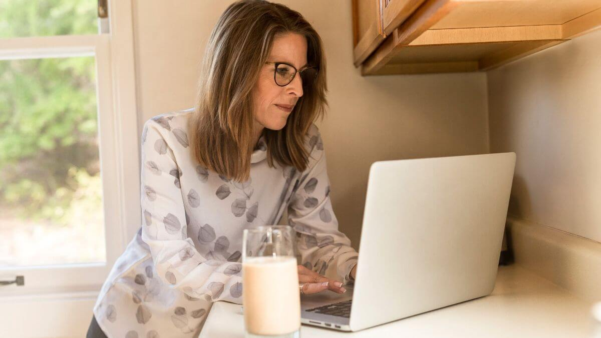 Work From Home Jobs For Moms