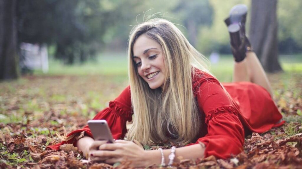 Phrendly App - Make Money by Flirting